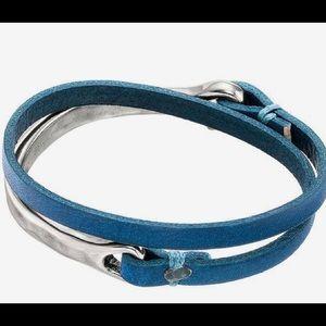 UNO de 50 Silver-Plated & Blue Leather Half Turn